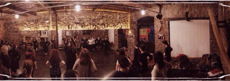 El Templo Del Flamenco (Flamenko Tapınağı)